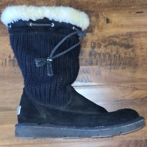 ⬇️ PRICE DROP⬇️ UGG boots with knit upper